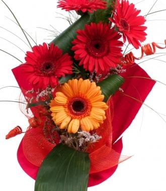 Доставка на цветя - гербери